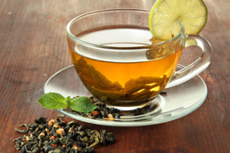 ¿Se puede simplificar la preparación de té embotellado mediante la espectrofotometría?