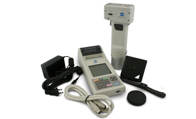How the Granular Material Attachment Protects CR-400 and CM-700D Color Measurement Instruments
