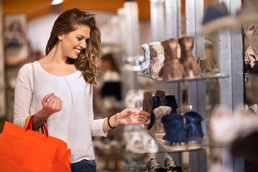 How Lighting in Stores Affects Consumers