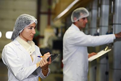 Seis maneiras nas quais o processo de controle de cor melhora as operações de fábrica