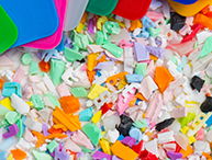 Controlling color in recycled plastics